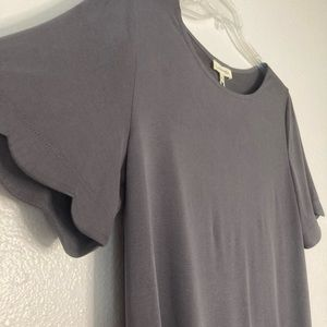 Scalloped Sleeve Grey top